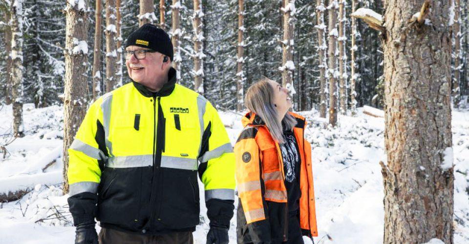 20210309 Ylöjärvi Kuru MAASEUDUN TULEVAISUUS Jaana Kankaanpää. Laura Linkoneva opiskelee metsäalan perustutkintoa Tampereen seudun ammattiopistossa. Tredu. Hakkuukoneenkuljettaja.